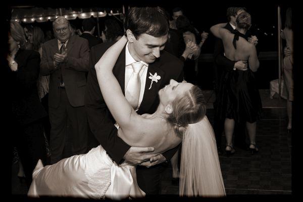 outdoor-tented-wedding-142