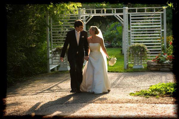 tent-wedding-country-farm-243