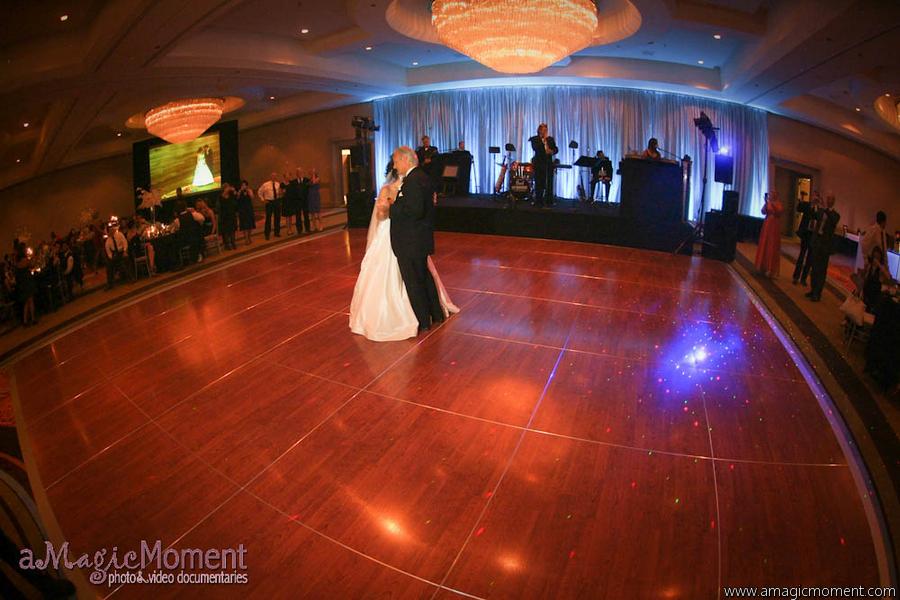 john-parker-band-wedding-at-the-peabody-195
