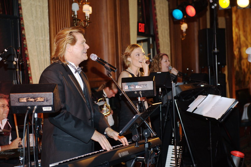 duquesne_club_john_parker_band_in_action