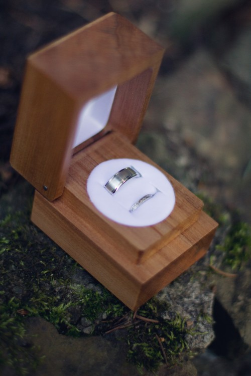 Green Gables Jennerstown Wedding Silver Wedding Bands in Rustic Wooden Box