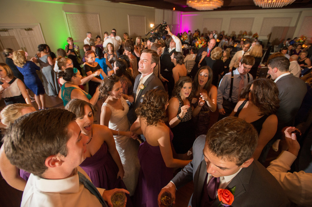 Montour Heights Pittsburgh Wedding with Bustling Dance Floor