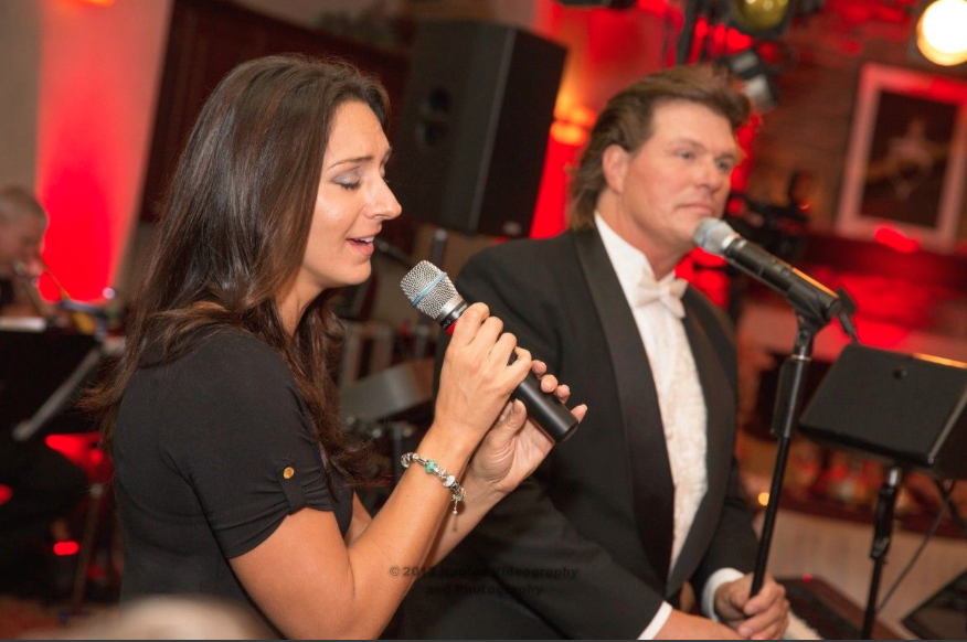 Golf Lodge at the Quarry Wedding Reception: John Parker Band Vocalists