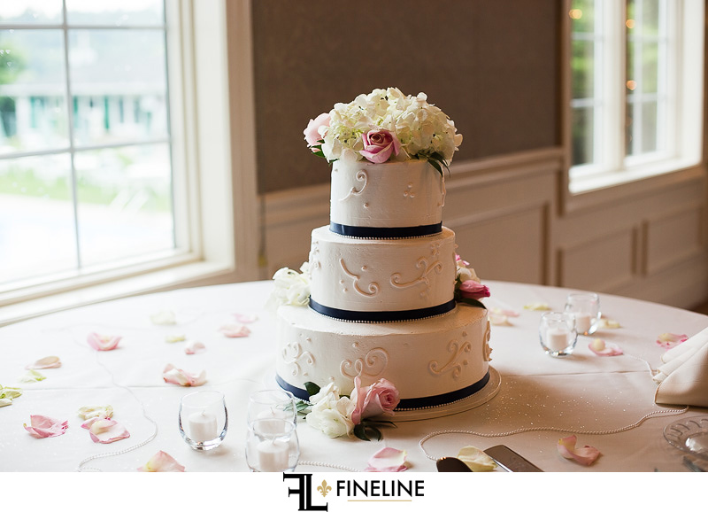 Greensburg Country Club Wedding Reception: 3-Tier Wedding Cake With Roses