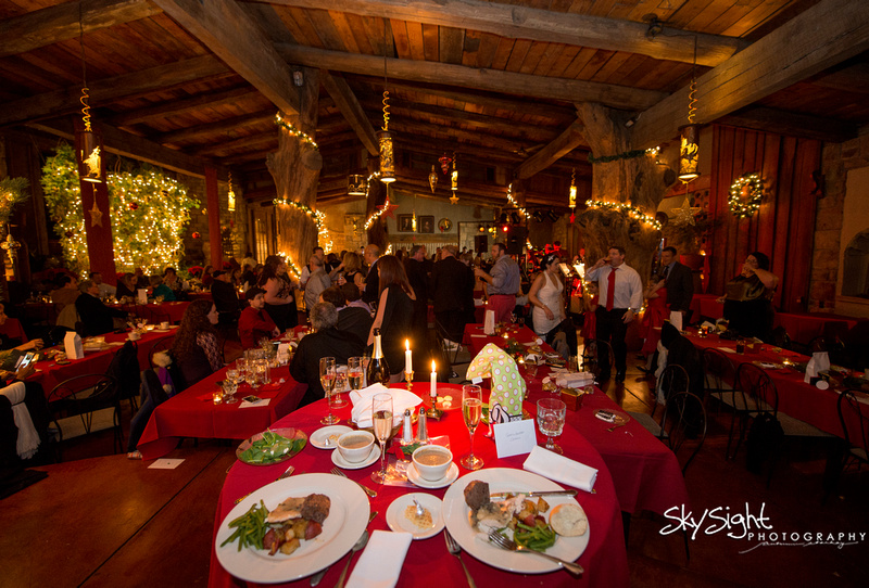 Green Gables Wedding Reception: Rustic Restaurant Venue with Red Color Scheme