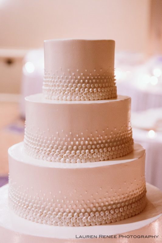 Sheraton Station Square Hotel Pittsburgh Wedding Reception: 4-Tier White Cake With Pearls