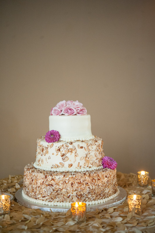 The Club at Nevillewood Pittsburgh Wedding Reception: 3-Tier Wedding Cake with Sliced Almonds