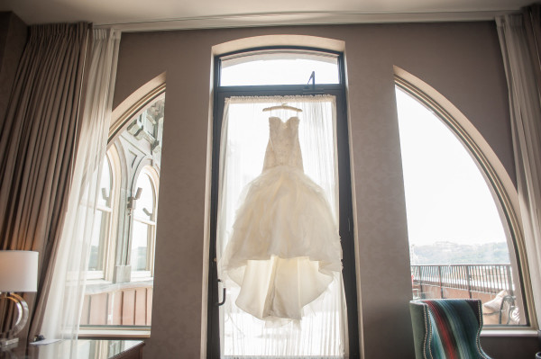 The Club at Nevillewood Pittsburgh Wedding: Simple Dress with Sweetheart Neckline