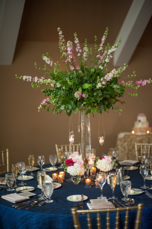 The Club at Nevillewood Pittsburgh Wedding Reception: Floral Table Arrangement with Tall Vase
