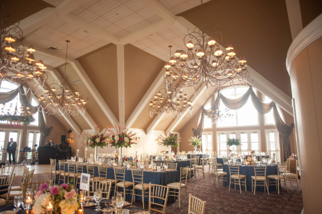The Club at Nevillewood Pittsburgh Wedding Reception: Golf Club Space with Large Windows