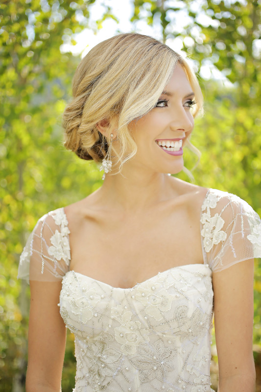Hilton Garden Inn Southpointe Wedding: Feminine Bride in Gown