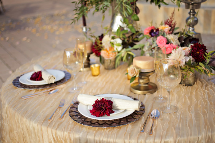 Hilton Garden Inn Southpointe Wedding Reception: Table Settings with Red Napkins