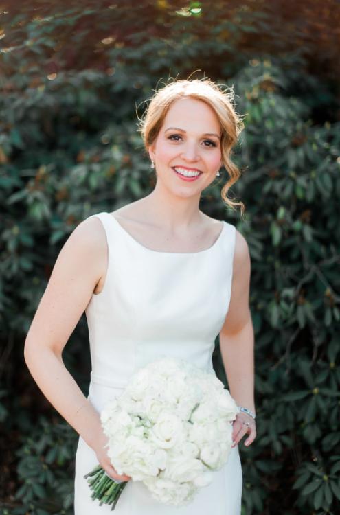 Longue Vue Club Pittsburgh Wedding: Bride in Elegant Gown