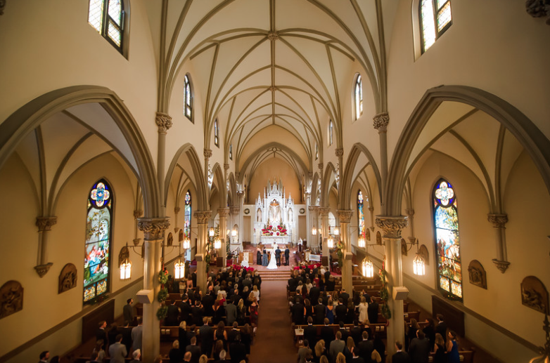Longue Vue Club Pittsburgh Wedding Ceremony: Towering Cathedral with Vaulted Ceilings