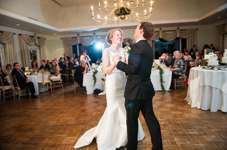 Longue Vue Club Pittsburgh Wedding Reception: Newlyweds Hit the Dance Floor