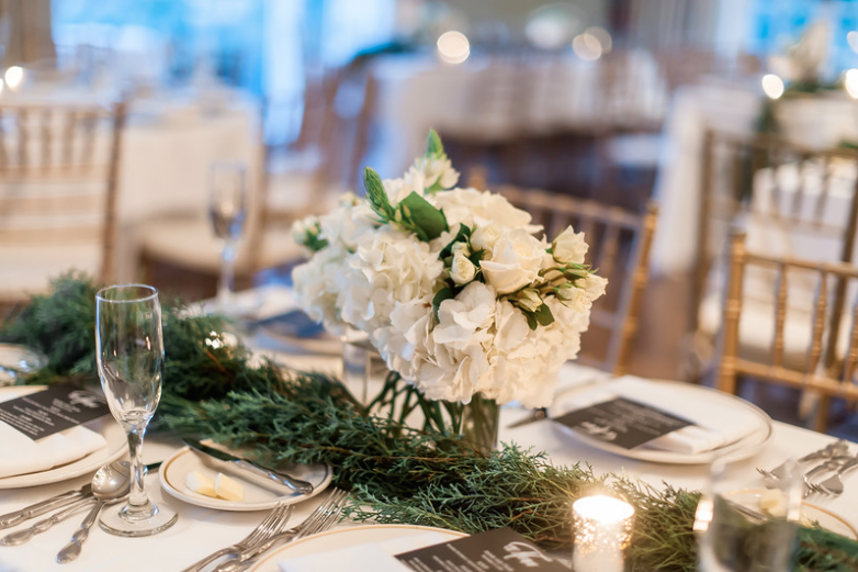 Longue Vue Club Pittsburgh Wedding Reception: Evergreen Table Accents