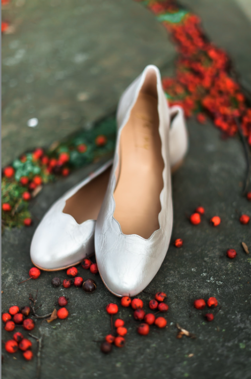 Longue Vue Club Pittsburgh Wedding: Cute Silver Wedding Shoes