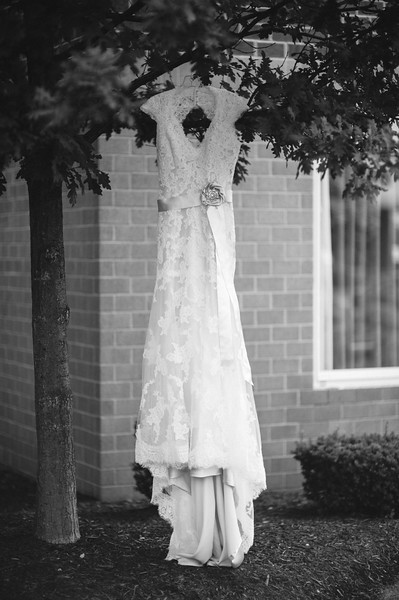 Hilton Garden Inn Southpointe Wedding: A-Line Lace Gown