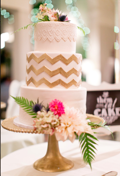 Fox Chapel Golf Club Pittsburgh Cute Gold Wedding Cake