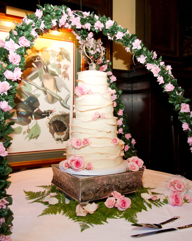 Grand Concourse Station Square Romantic White and Pink Rose Cake