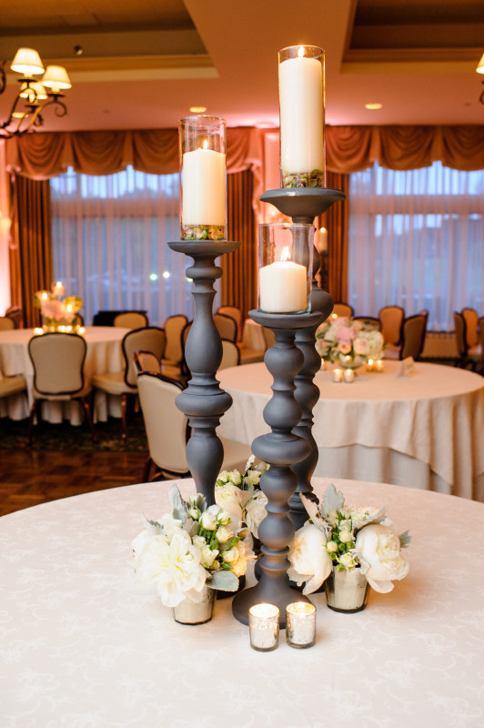 St Clair Country Club Wedding Candle Centerpiece