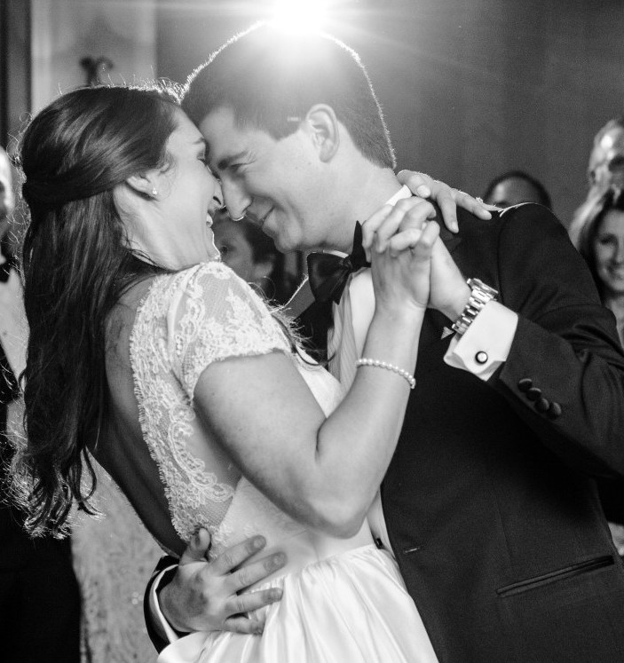St. Clair Country Club Wedding Bride and Groom First Dance