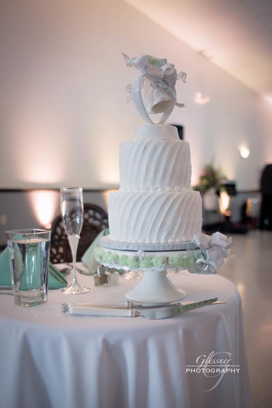 Bakersville Fire Hall Pittsburgh Wedding White Wedding Cake