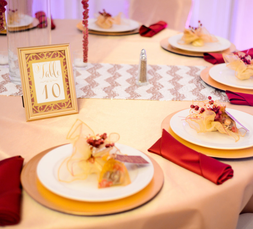 Parkersburg Country Club West Virginia Wedding Reception Tables