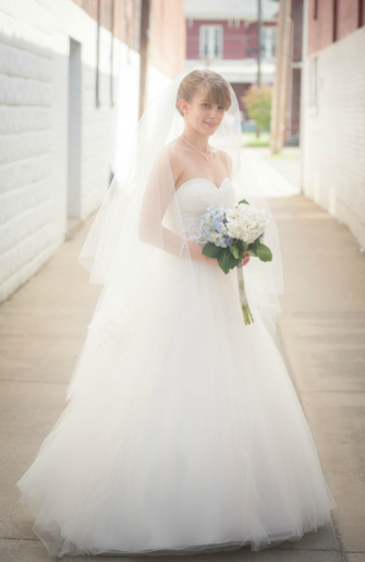 The Commons Franklin Pennsylvania Wedding Bride in Dress
