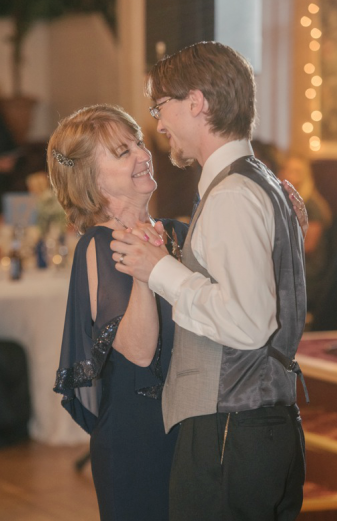The Commons Franklin Pennsylvania Wedding Groom and Mother Dancing