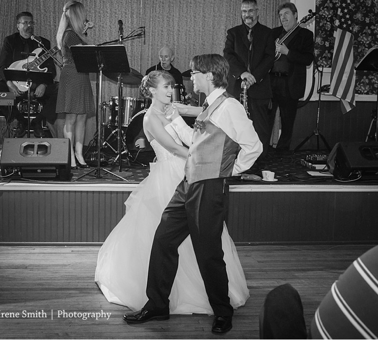 The Commons Franklin Pennsylvania Wedding Bride and Groom Dancing
