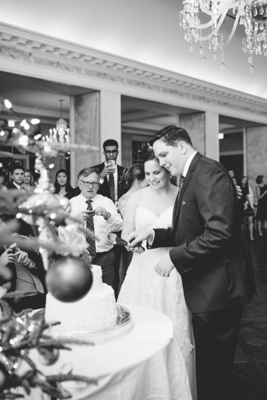 Country Club Pittsburgh Wedding Cutting Wedding Cake