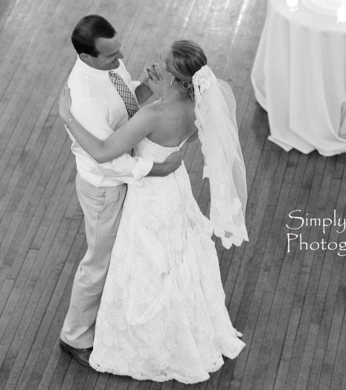 Memorial Hall Pittsburgh Wedding Bride and Groom First Dance to City Heat Band