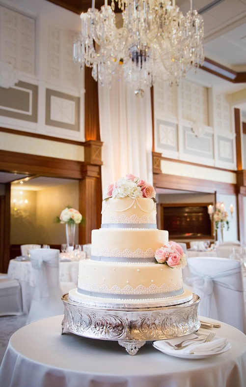 Nemacolin Woodlands Pittsburgh Wedding White and Gray Wedding Cake