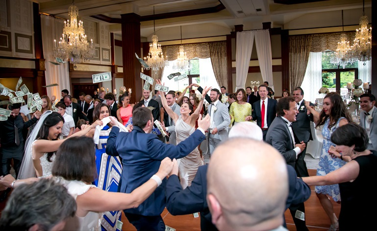 Nemacolin Woodlands Pittsburgh Wedding Money Dance