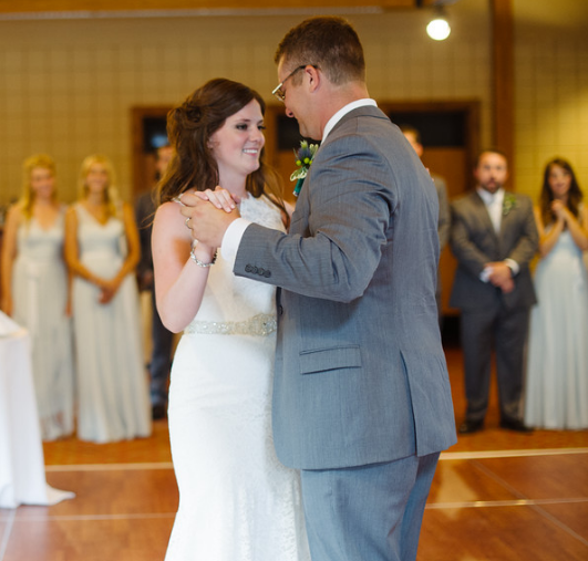Seven Springs Pittsburgh Wedding Bride and Groom Dance